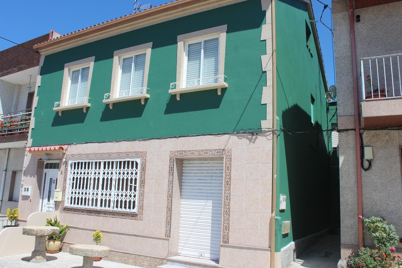 Pintura fachada casa pinyfer - Pintura para fachada ...